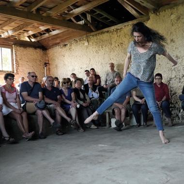 G. Guéranger_Spectacle danse avec visiteurs © Jacques Guittier