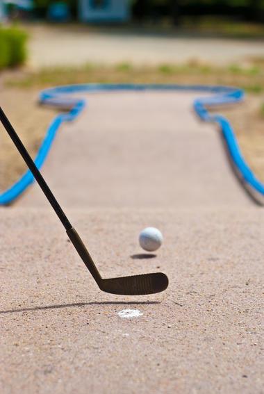 Golf miniature_mansigne_el (2)