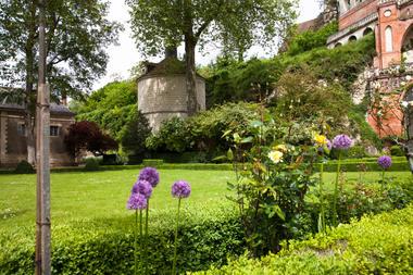 Jardin du chateau_Poncé_JP Berlose (1)