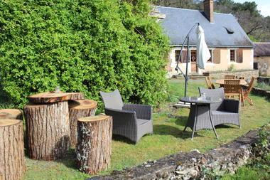 Loire-Valley-Llamas-Lavernat--1-
