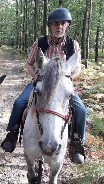 Profitez de la retraite pour une première fois à cheval
