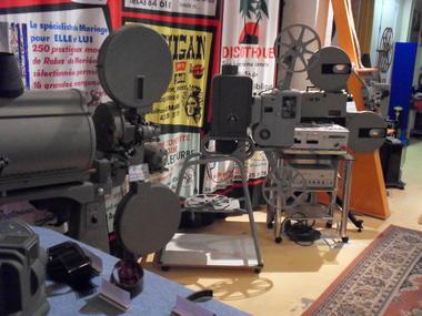 PCU879000735 - Projecteurs 35mm