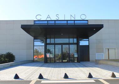 Casino face avant