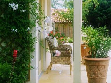 Craig-david-lilac-cottage-85570-saint-valérien-4