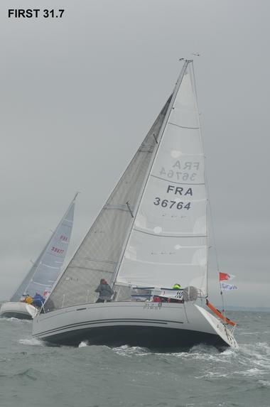 Location-bateau-voilier-Atlantique-Vendee-St-Gilles-Croix-de-Vie-First-31.7