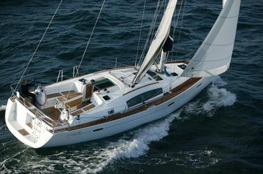 Location bateau voilier Atlantique Vendée St Gilles Croix de Vie Océanis 40