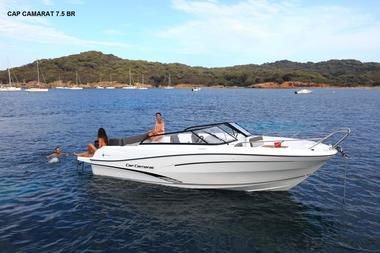 Location-bateau-moteur-Vendee-St-Gilles-Croix-de-Vie-Cap-Camarat-7.5BR