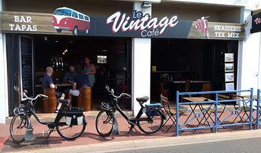 Vintage-Cafe