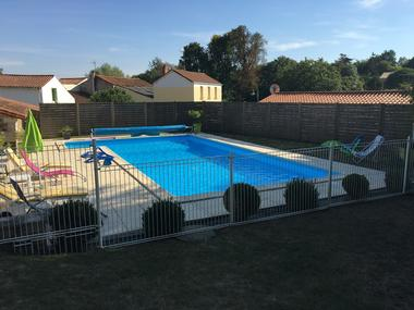 piscine-meublé-barbier-85570-l-hermenault-8