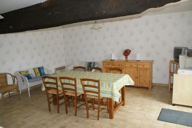 meublé-gite-de-la-cure-4-paris-saint-martin-des-fontaines-85570-3