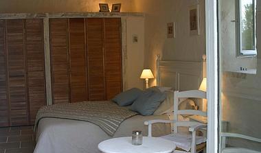meublé-l'orangerie-de-larocque-latour-85410-saint-laurent-de-la-salle-3