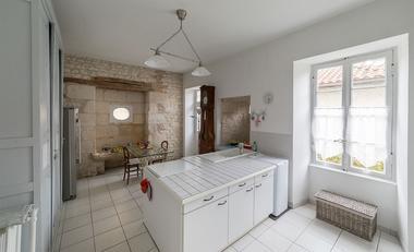 meublé-maison-de-maitre-de-perier-85200-fontenay-le-comte-9