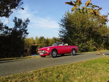 norbert-classic-rent-location-de-voiture-de-collection-cabriolet-fontenay-le-comte-85200-7-2