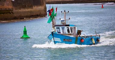 bateau de pêche saint gilles croix de vie2