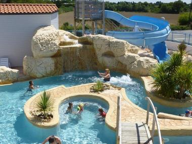 cascade et jacuzzi camping Europa