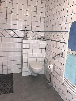 "Salle d'eau chambre ""Le Phare Bleu"""