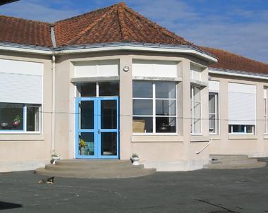 chambres-d-hotes-ancienne-école-longèves-85200-5