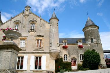 château-de-terre-neuve-fontenay-le-comte-85-pcu-1