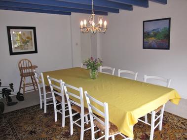 lavandes03 dining (700x525)