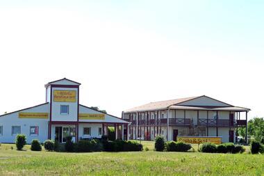 ptit-déj-hotel-fontenay-le-comte-85-2