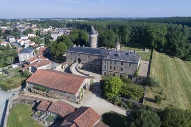 parc-du-chateau-de-l-hermenault-85570-07