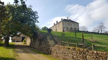 parc-du-chateau-de-l-hermenault-85570-4