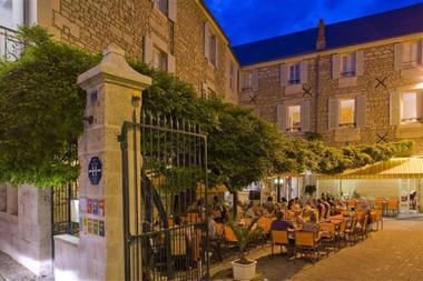 restaurant-le-glycine-fontenay-le-comte-85-res-1