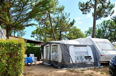 Emplacements camping avec électricité