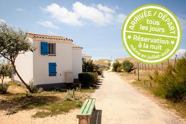 village-vacances-petit-bec-acces-direct-plage