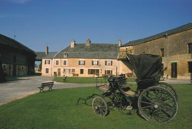 Relais de Poste de Launois-sur-Vence