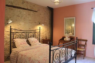 """chambre """"Pierre de Lomagne""""lit 160"""
