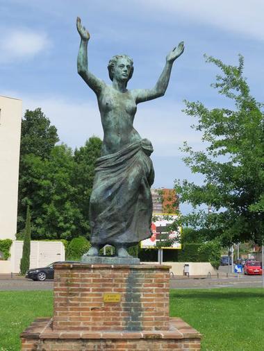 Liberté - Marc Dautry - Sculpture Montauban Tarn-et-Garonne