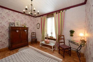 Chambre d'hôtes dans ancien pressoir proche du lac de Bairon - Marquigny - Ardennes