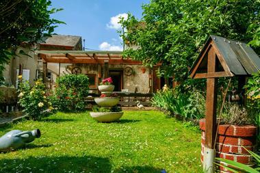 """Gite """"Le Chemin Vert"""", maison dans vallée de la Meuse, proche lac, voie verte et randonnées - Deville - Ardennes"""