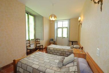 Chambre d'hôtes dans demeure de caractère, proche Charleville - Lonny - Ardennes