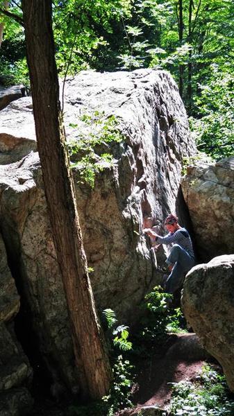 grimpe sur bloc