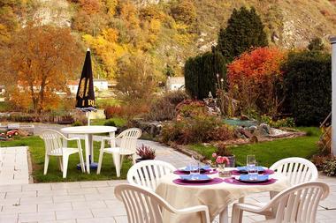 Côté terrasse et jardin, un cadre idéal pour se détendre !