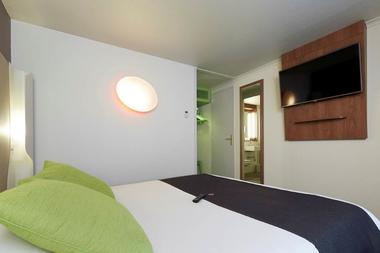 "Hôtel ""Campanile"" Sedan"