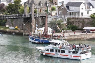 Vedettes-l'Angélus-Locmariaquer-Morbihan-Bretagne-Sud