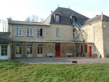 Château de Lametz, appartement de 215m2 proche du lac de Bairon et autres activités de plein air - Lametz - Ardennes