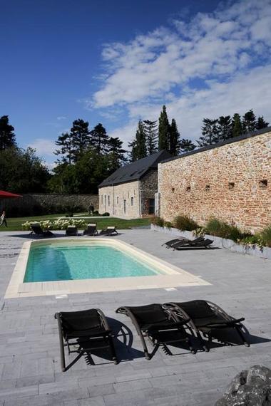 Meublé de standing entre Meuse et collines avec piscine et pêche sur place - Rancennes - Ardennes