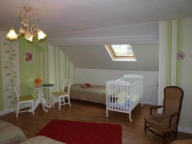 Chambres d'hôtes au bord de la Meuse et de la Voie Verte, WIFI, terrasse - Nouzonville - Ardennes