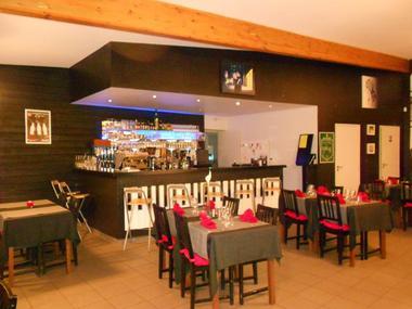 salle de restaurant l'Entracte