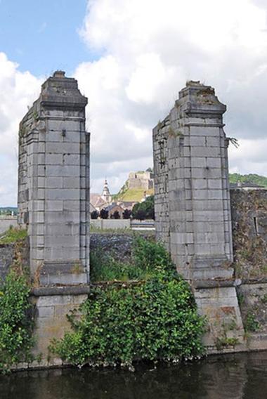 La porte Charbonnière