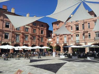 Place Nationale - Montauban Tarn-et-Garonne - Monument