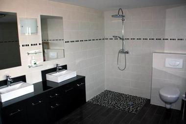 Gîte de la Héronnière : salle de bains