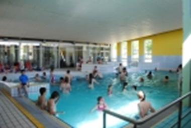 piscine couverte et chauffée toute l'année