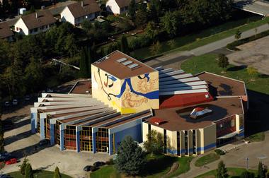 salle-spectacles-Embarcadere-Montceau-Ville-de-Montceau-Embarcadere