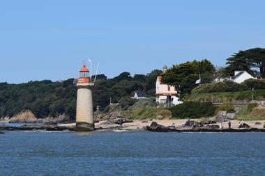 phare Villès Martin
