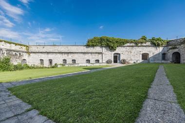 Fort de Huy - Extérieur